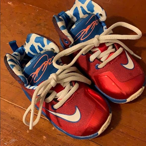 competitive price 75c3d 24ebc LeBron James Nike Baby Boys Shoes sz 6C